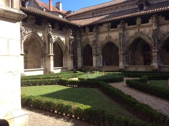 Cathédrale Saint-Étienne : le cloitre