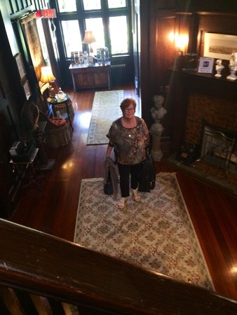 Beaconsfield Inn: Hallway