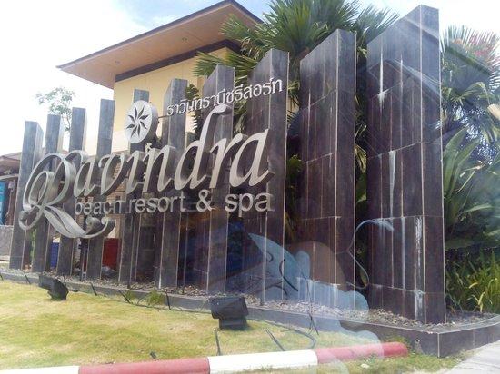 Ravindra Beach Resort & Spa: ด้านหน้าที่พัก
