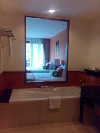 Ravindra Beach Resort & Spa: ห้องพัก