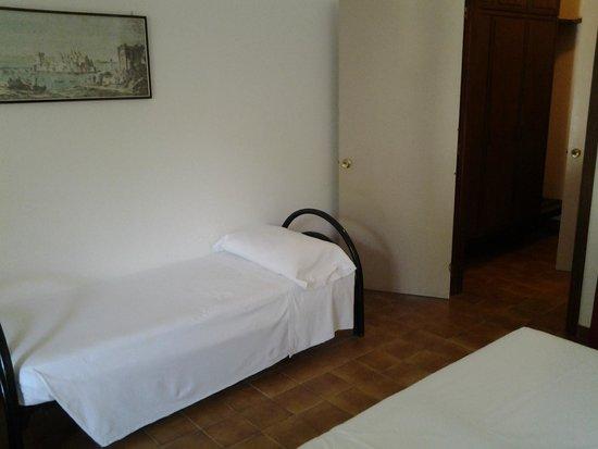 Eden Park Hotel: Terzo letto