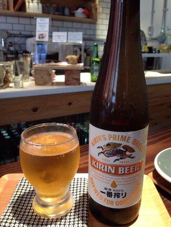 Vermillion - espresso bar & info. : Enjoying a beer after a walk at the local shrine