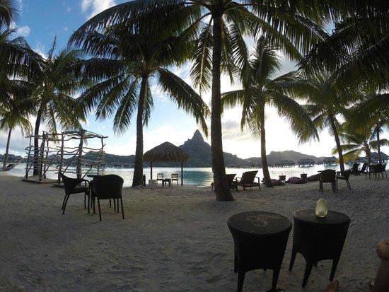 InterContinental Bora Bora Resort & Thalasso Spa: View from Beach