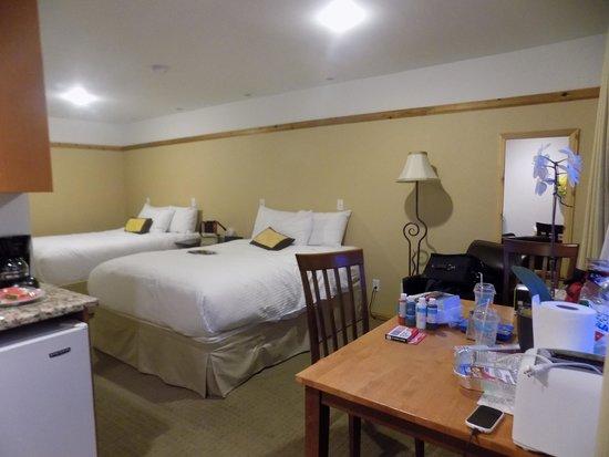 Elizabeth Lake Lodge: Room