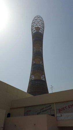 The Torch Doha : Vista por fuera