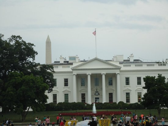As seen from the east of the White House. The Washington monument is omnipresent, everywhere.
