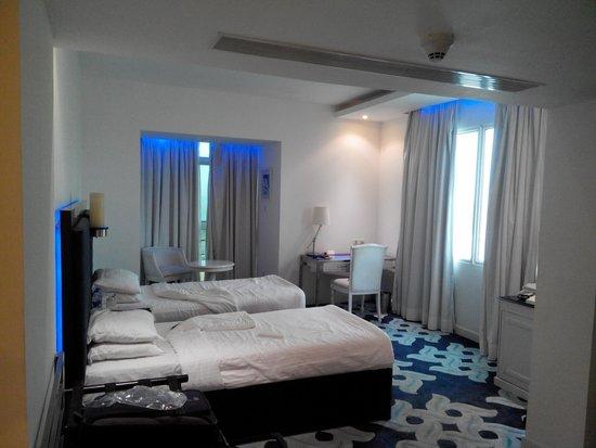 Radisson Blu Kochi: room