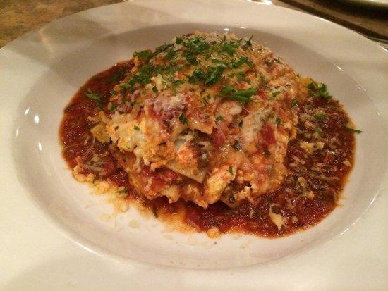 Rosine's Restaurant : Homemade Lasagna