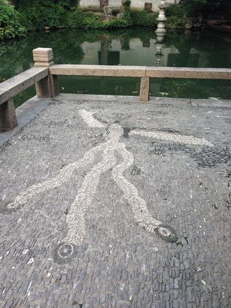 The Lingering Garden: Mosaic Path