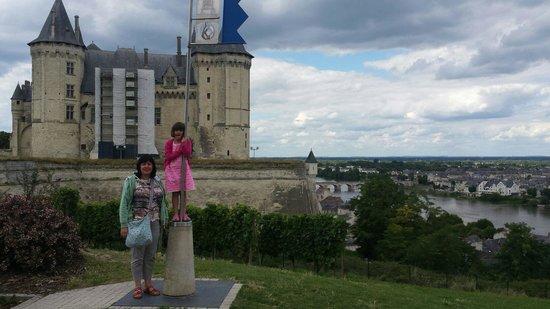 Château de Saumur : Castle from car park