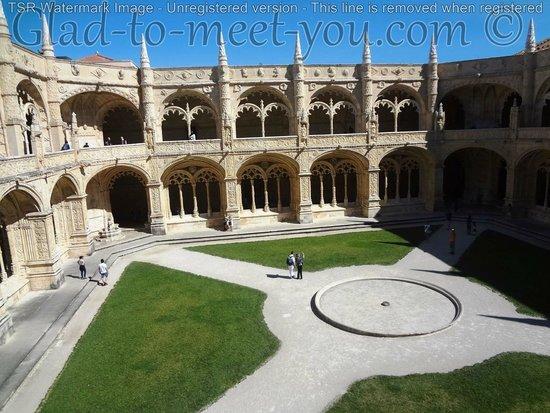 Jeronimos Monastery: Inside