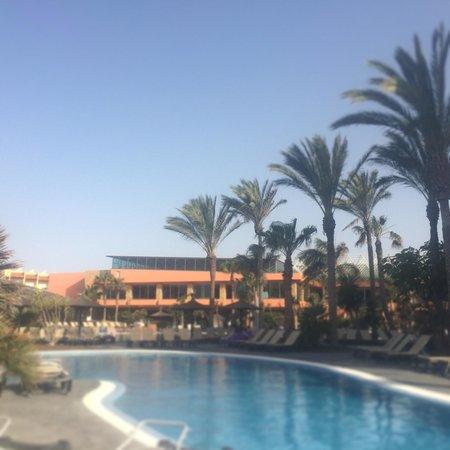 Barcelo Fuerteventura Thalasso Spa : Pool side