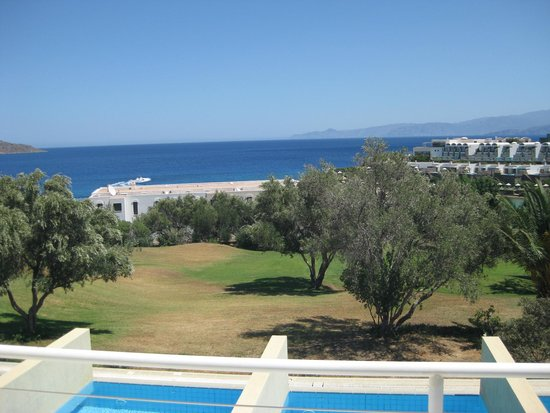Porto Elounda Golf & Spa Resort : View from the room