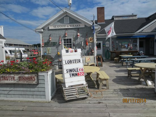 Fisherman's Wharf Inn Restaurant : lobster special