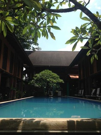 The Village House : pool