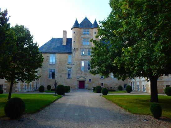 Chateau d'Avanton : l'arrivée au château