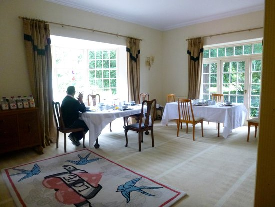 Sniperley Hall: Breakfast room