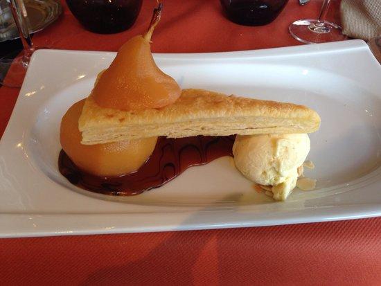 Au Vieux Honfleur : The most amazing pear