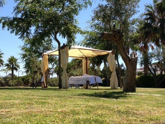 São Rafael Atlântico: Massagens no jardim
