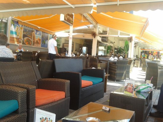 Captains Bistro : la terrasse