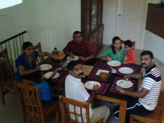 Atman: Dining Area
