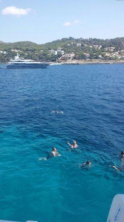 Camp de Mar: Schöne Yachten, blaues Wasser