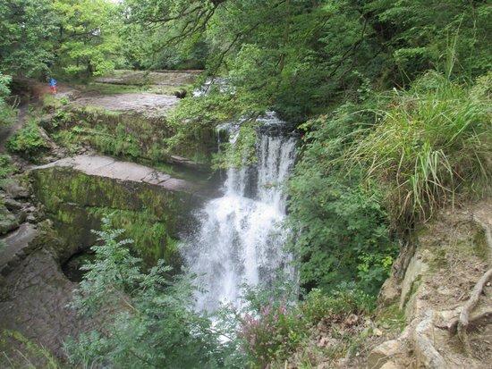Four Waterfalls Walk: Beautiful