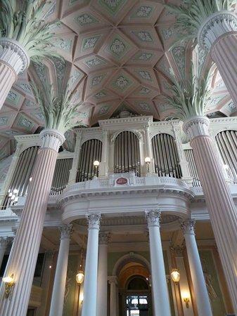 Nikolaikirche: Organo.