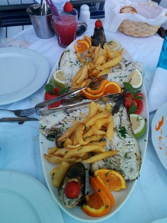 Zefyros Family Fish Taverna: Deboned Grilled Red Snapper and Silverline Sea Bream
