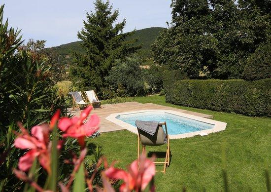 La Laùpio : Petite piscine balnéo