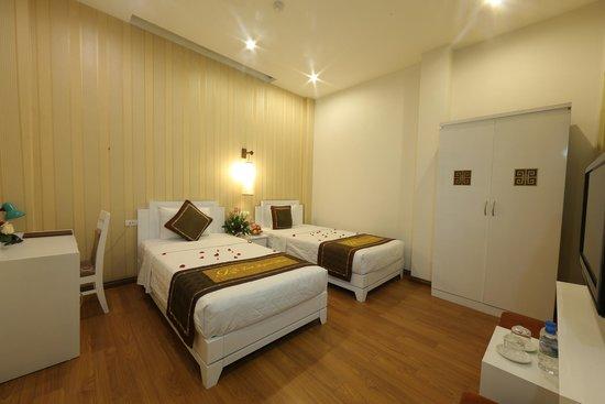 Tu Linh Legend Hotel: Standard Twin room