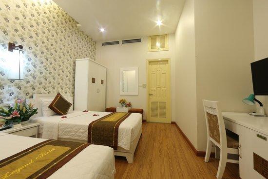 Tu Linh Legend Hotel: Standard Double room