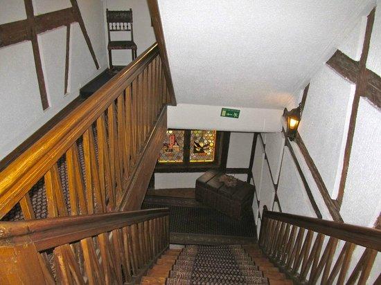Best Western Hotel De L'Europe: Strair down to the second floor