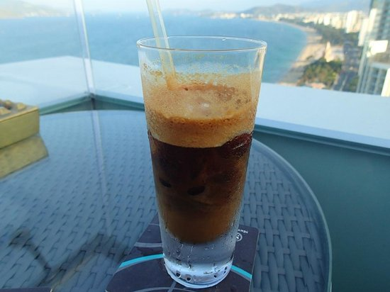 Sheraton Nha Trang Hotel and Spa: Iced coffee at rooftop bar