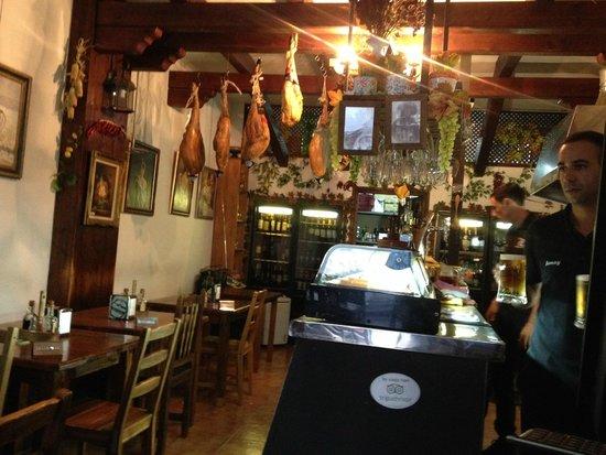 Tasca Casa Paco: Interior