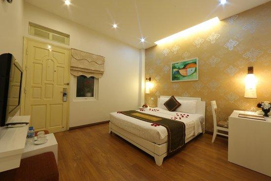 Tu Linh Legend Hotel: Superior Double room