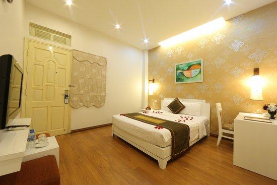 Tu Linh Legend Hotel: Supeior Double room
