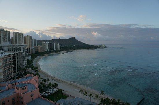 Sheraton Waikiki : お部屋の窓からの景色