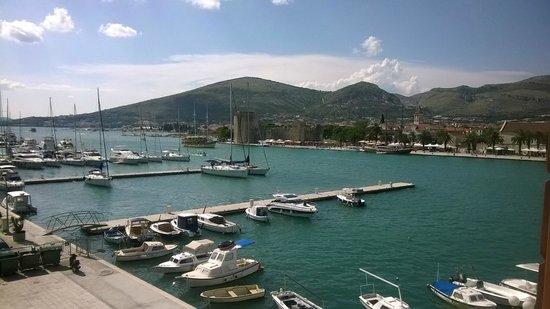 Apartments Riva: Trogir vista dalla camera