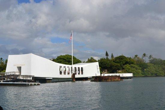 USS Arizona Memorial/World War II Valor in the Pacific National Monument: arizona memorial