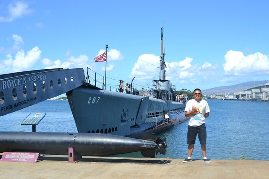 USS Arizona Memorial/World War II Valor in the Pacific National Monument: bowfin submarine