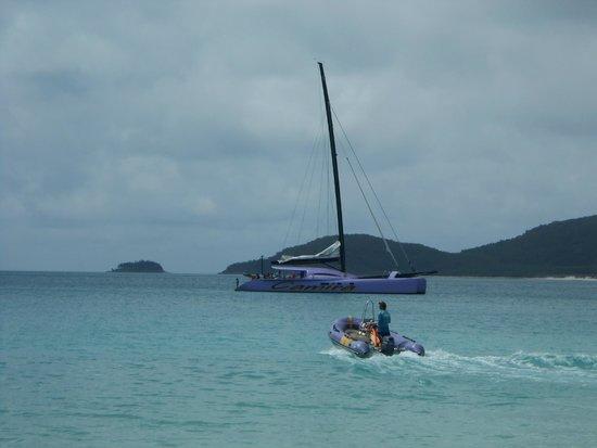 Cruise Whitsundays: THE Camira