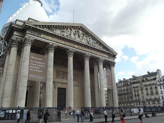 Pantheon: facciata
