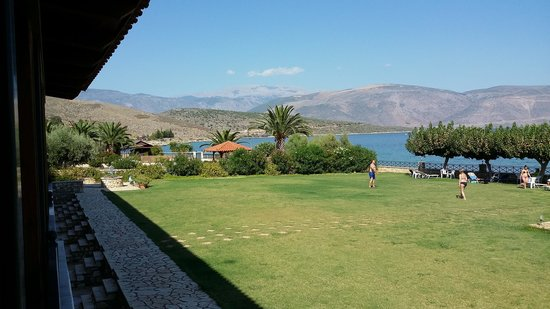 Europa Beach Hotel: ΧΩΡΟΣ ΓΚΑΖΟΝ