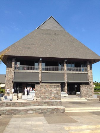 InterContinental Fiji Golf Resort & Spa : Main hotel reception and Bat