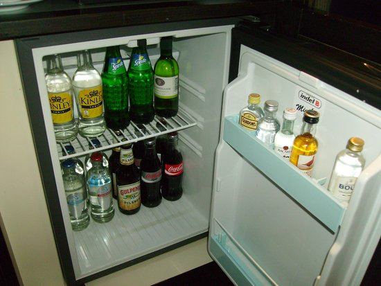Grand Hotel Amrath Amsterdam : free mini bar !!