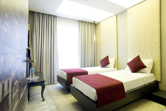 "Nowy Efendi Hotel ""Special Class"": family room3"
