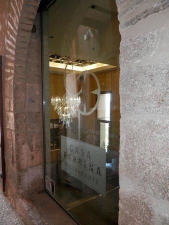 Casa Pardina: Entrada