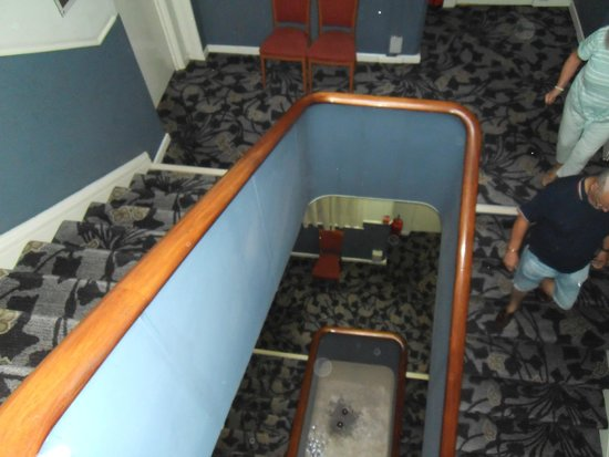 Bay Torbay Hotel: The Dreaded Stairs