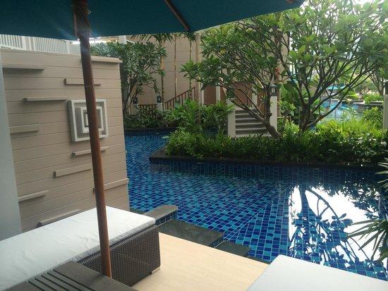 Grand Mercure Phuket Patong: Direct pool access room